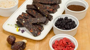 Superfood snack bars from la prima catering